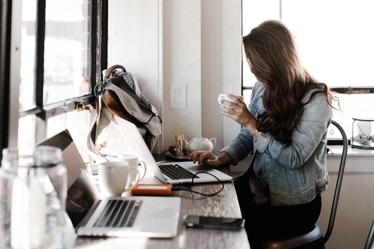women on the web learn technology easy fast (2)